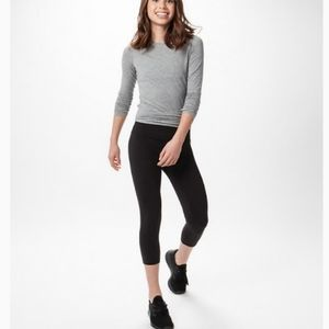 Ivviva Lululemon Black Luxtreme Crop Leggings 14